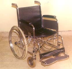 WHEEL CHAIR FOLDING (DELUXE) ADULT SIZE - HANS